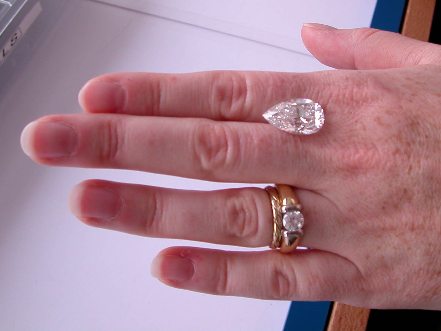 the diamond diamonds gia rings arctic ideal canada and in wholesale offer canadian ags mines engagement brokers cut