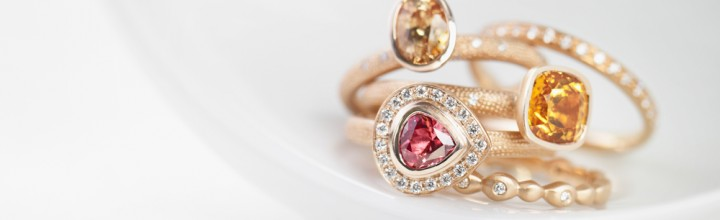 Engagement rings – feeling in the pink!