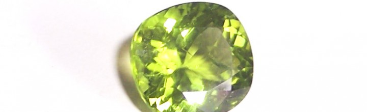 August – the month of the Peridot birthstone