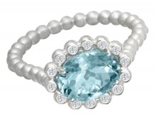 Suzy Landa Oval Aquamarine and Diamond White Gold Ring.
